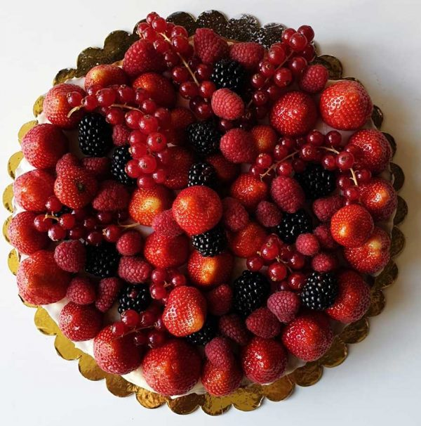 tart with lemon cream and fresh fruits homemade sicilian delivery amsterdam
